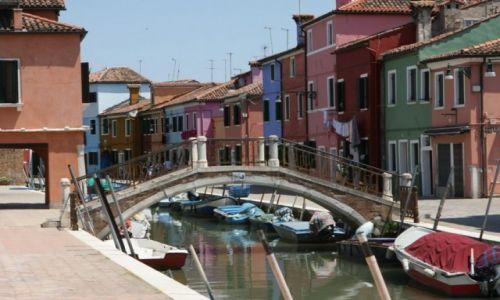 WłOCHY / Wenecja / Burano - wyspa / Most