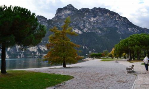 Zdjęcie WłOCHY / TRYDENT / RIVA DEL GARDA / nad  Lago di Garda
