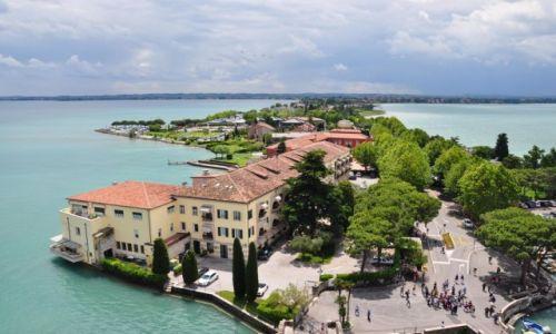 Zdjecie WłOCHY / Lombardia/ prowincja Brescia / Sirmione / Sirmione - widok z zamku (4)
