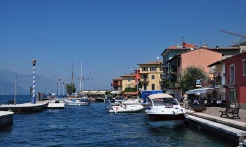 Zdjecie WłOCHY / Wenecja Eugenejska / prowincja Werona / Casteletto di Brenzone - port