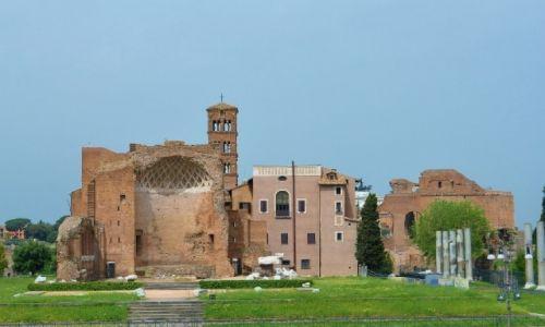 WłOCHY / Lazio / Rzym / Forum Romanum