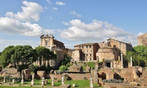 WłOCHY / Lazio / Rzym / Koloseum