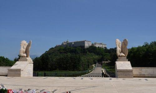 Zdjecie WłOCHY / Lazio / Monte Cassino / Monte Cassino, cmentarz