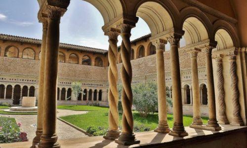 WłOCHY / Lazio / Rzym / Lateran, bazylika św. Jana