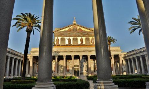 WłOCHY / Lazio / Rzym / Bazylika św. Pawła za Murami