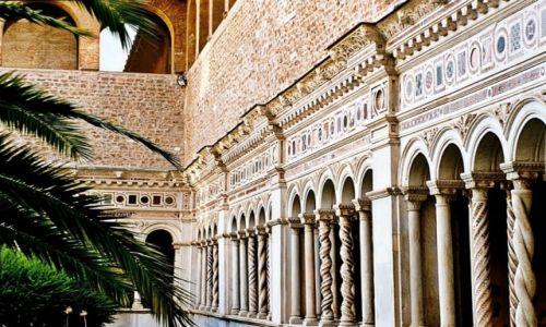 Zdjecie WłOCHY / Lacjum / Rzym / Krużganki Bazyliki św. Jana na Lateranie