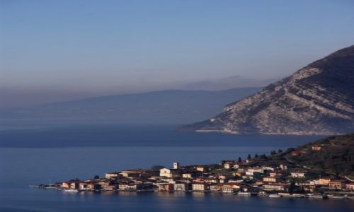 Zdjęcie WłOCHY / - / Lago di Iseo / Lago Di Iseo