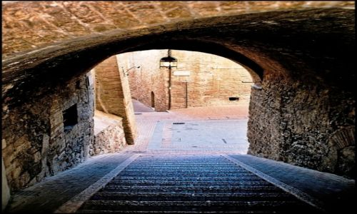 WłOCHY / Umbria / Asyż / Zaułki Asyżu