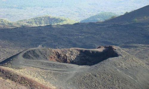 WłOCHY / Sycylia / Etna / Krater na Etnie