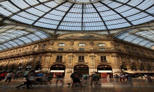 Zdjęcie WłOCHY / Lombardia / Mediolan / Galeria Wiktora Emmanuela - wnętrze