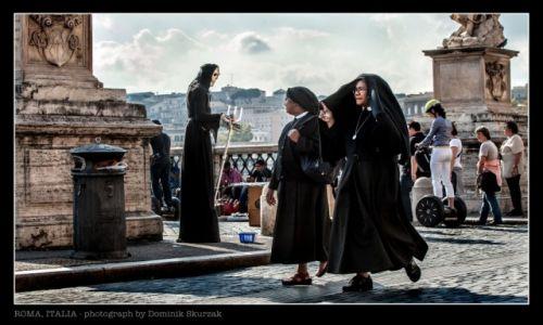 Zdjecie WłOCHY / Lazio / Roma / BLACK IMAGE