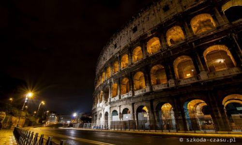 WłOCHY / Rzym / Koloseum / Rzym Koloseum Nocą 1