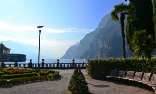 Zdjecie WłOCHY / TRYDENT / RIVA DEL GARDA / Poranna Riva del Garda