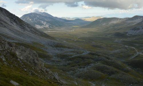 Zdjęcie WłOCHY / Abruzja / Campo Imperatore / góry