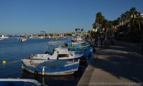 Zdjęcie WłOCHY / Apulia / Porto Cezareo  / nabrzeże