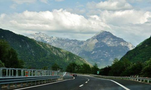 Zdjecie WłOCHY / Alpy / Alpy / Alpy, okolice Udine