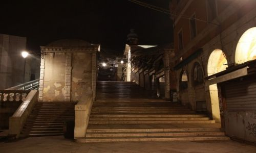 Zdjecie WłOCHY / płn. Włochy / Wenecja / Rialto nocą