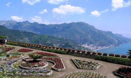 Zdjecie WłOCHY / Kampania / Ravello / ogrody w Ravello - widok na Wybrzeże Amalfitańskie