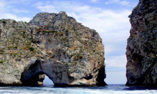 Zdjęcie WłOCHY / Kampania / w pobliżu Capri / Arco del Amore...