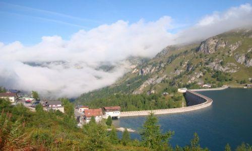 Zdjęcie WłOCHY / -Dolomity / Passo Fedaia /  Jezioro Lago di Fedaia