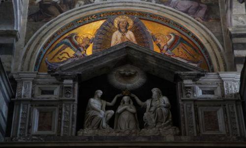 WłOCHY / Toskania / Piza / Katedra Santa Maria Assunta - detale wnętrza