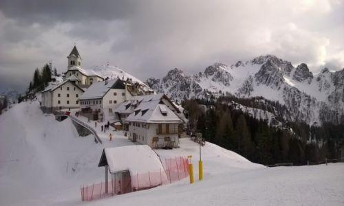 Zdjecie WłOCHY / Tarvisio / Monte Santo di Lussari / Miasteczko na szczycie