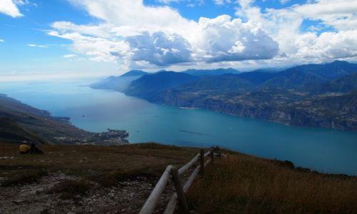 Zdjęcie WłOCHY / Jezioro Garda / Monte Baldo / nad jeziorem