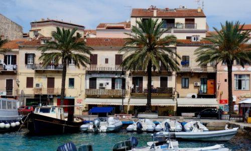 Zdj�cie W�OCHY / Sardynia / La Maddalena / Port