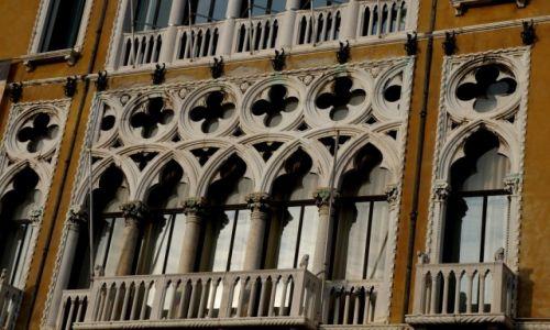 Zdjęcie WłOCHY / płn Włochy / Wenecja / Weneckie okna