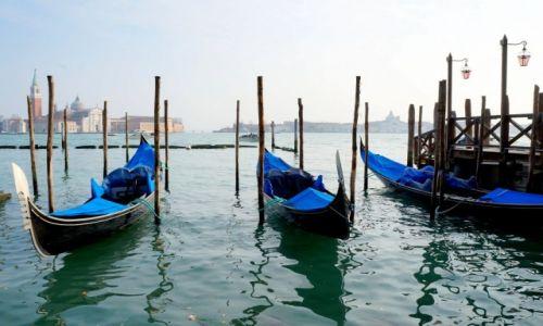 Zdjęcie WłOCHY / płn Włochy / Wenecja / Gondole