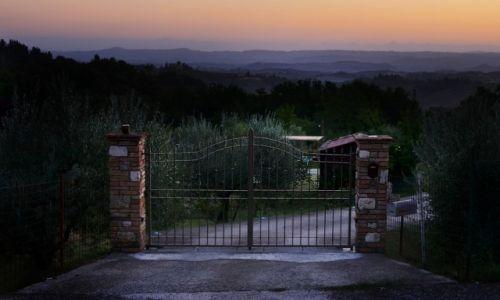 Zdjecie WłOCHY / Toskania / San Gimignano / Brama