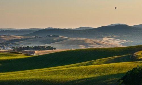 Zdjecie WłOCHY / Toskania / Val d'Orcia / Balonem nad Toskanią