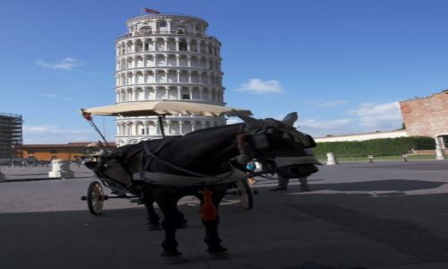 Zdjecie WłOCHY / Toskania / Piza / Wieża mobilna