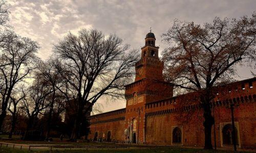 Zdjęcie WłOCHY / Włochy / Mediolan / Castello Sforzesco