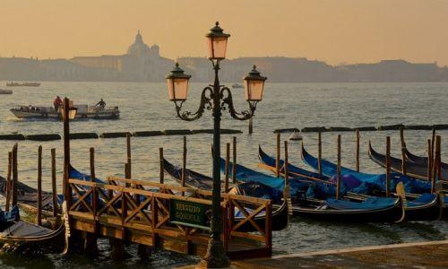 Zdjęcie WłOCHY / Włochy / Wenecja / Wenecja we mgle