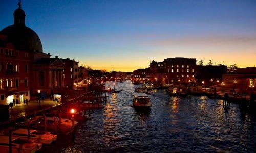 Zdjęcie WłOCHY / Włochy / Wenecja / Zasypiająca Wenecja