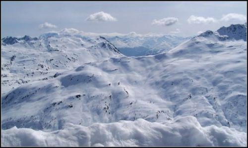 Zdjęcie WłOCHY / Lombardia / Livigno / dyskretny urok bieli...