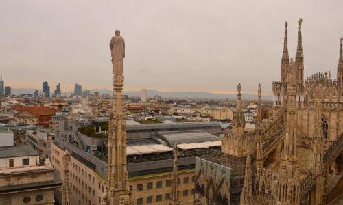 Zdjęcie WłOCHY / Włochy / Mediolan / Mediolan z katedry Duomo