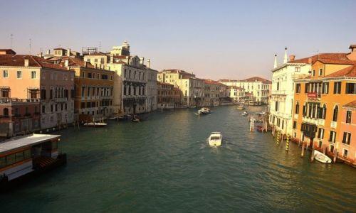 Zdjęcie WłOCHY / - / Wenecja  / Nad kanałem Grande