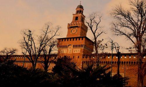 Zdjęcie WłOCHY / - / Mediolan / Castello sforzesco