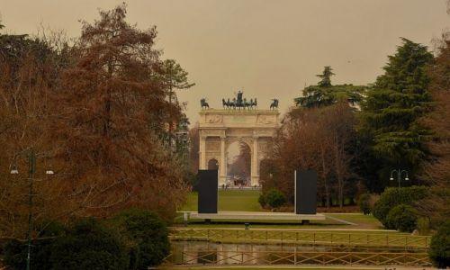 Zdjęcie WłOCHY / - / Mediolan / Park Sempione i łuk triumfalny