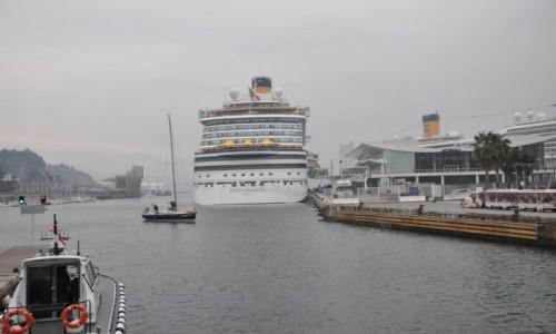 Zdjęcie WłOCHY / Liguria / Savona Port / Współczesny Titanic... z floty Costy