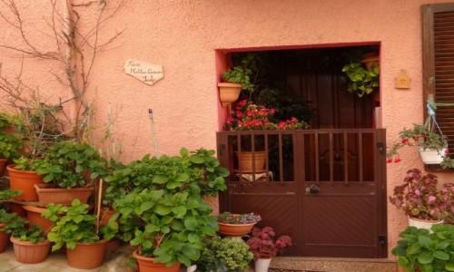 Zdj�cie W�OCHY / Sardynia / Castelsadro / Spacer uliczkami Castelsardo