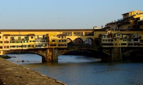 Zdjecie W�OCHY / Toskania / Florencja-Ponte Vecchio / Na szcz�cie ni