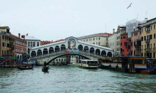 Zdjęcie WłOCHY / Wenecja Euganejska / Wenecja  / Most Rialto na Kanale Grande