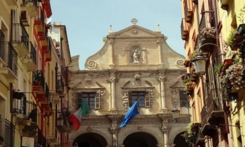 Zdj�cie W�OCHY / Sardynia / stolica Sardynii / Spacer po Cagliari - ko�ci� �w. Micha�a