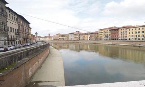 Zdjecie WłOCHY / Toskania / Piza / Rzeka Arno w Pizie