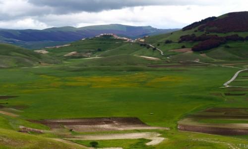 Zdjecie WłOCHY / Umbria / prowincja Perugia / Castelluccio