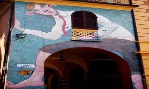 Zdjecie W�OCHY / Emilia-Romania / prowincja Bolonia / Murale w Dozza