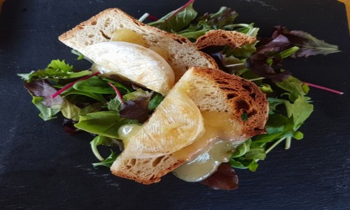 Zdjęcie WłOCHY / Wenecja Euganejska / Dolo / Zapiekany włoski ser tomino